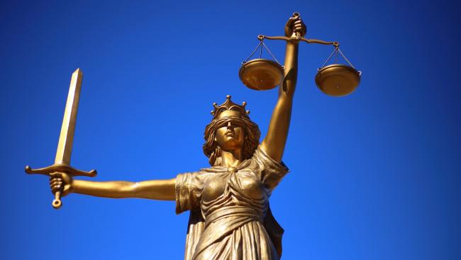 В судах Петербурга рассмотрели три дела малых предприятий, нарушавших режим изоляции