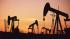 Мировые цены на нефть падают в ожидании данных по запасам в США