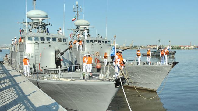 Иранские ВМС попытались захватить британский нефтяной танкер
