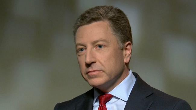 Американский дипломат Курт Волкер посоветовал Украине приобретать оружие у США