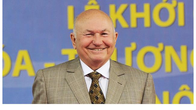 Юрий Лужков будет работать у своего друга Владимира Евтушенкова