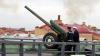 Сегодня полуденная пушка Петропавловки выстрелила ...