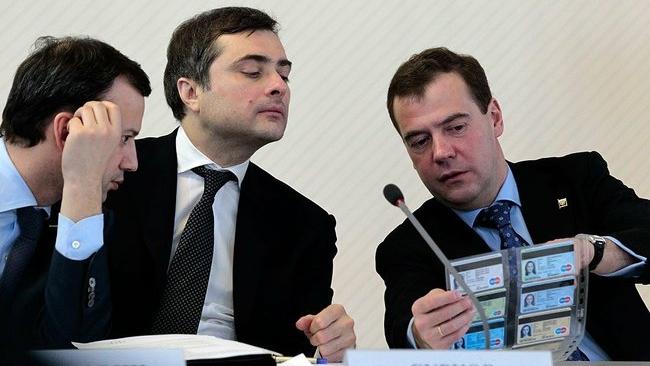 Сурков ответит за ГЛОНАСС, а Рогозин - военную промышленность