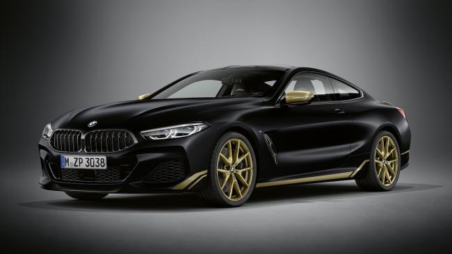 BMW назвала российские цены на эксклюзивные модели 8-Series