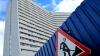 Строителям апарт-отелей в Петербурге навяжут школы