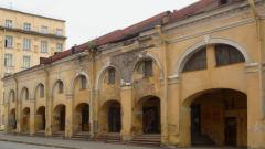 Власти Петербурга пригрозили инвесторам забрать у них Никольский рынок и бани
