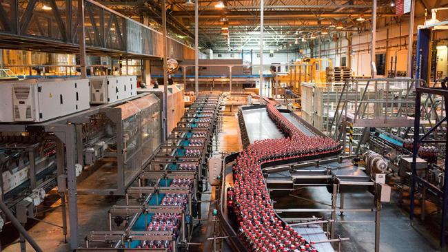 Coca-Cola за 10 лет вложила в свой завод в Петербурге 6 млрд рублей