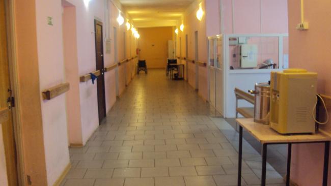 В ПНИ Дновского района Псковской области произошла вспышка коронавируса