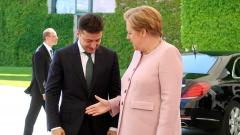 Меркель обсудила с Зеленским условия снятия антироссийских санкций