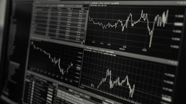Эксперты надеются на улучшение экономической ситуации в стране