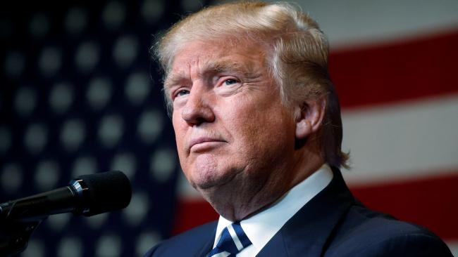 """Трамп предрек крах американской экономики в случае победы """"клоунов"""" на выборах"""