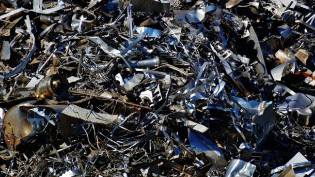 Несанкционированную свалку уничтожат в Кингисеппском районе