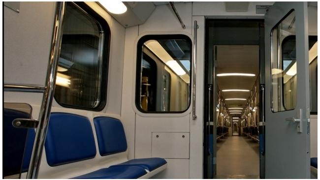 В московском метро появятся рекламные поезда