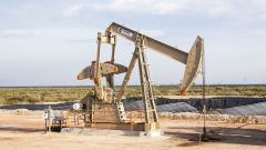 РФ в январе-сентябре сократила добычу нефти на 7,8%