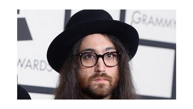 Шону Леннону предъявлен иск на 10 миллионов долларов