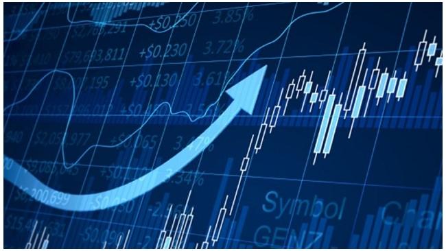 Инфляция в России с начала года составила 4,9%