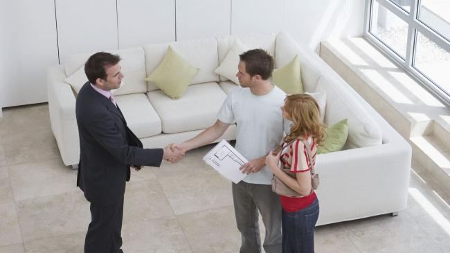 Минстрой РФ: необходимо ускорить заключение контрактов на расселение аварийного жилья