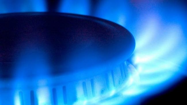 """Газпром"" грозит отключить от газа 700 предприятий за долги"