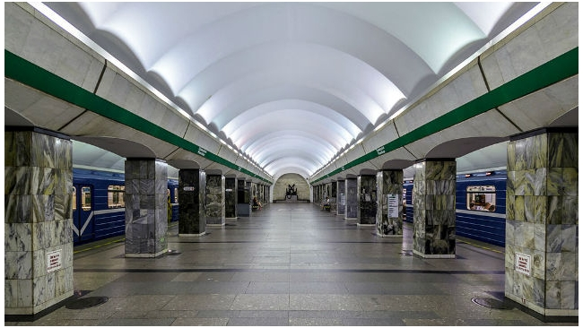 """Вход на станцию метро """"Приморская"""" ограничат с 6 апреля"""