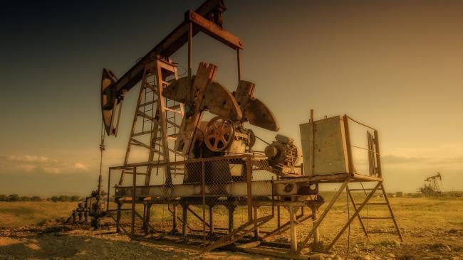 Цена нефти Brent впервые с 6 марта превысила планку в $45 за баррель