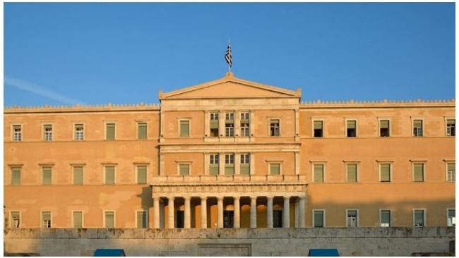 Правительство Греции опровергает сообщения о грядущем дефолте страны