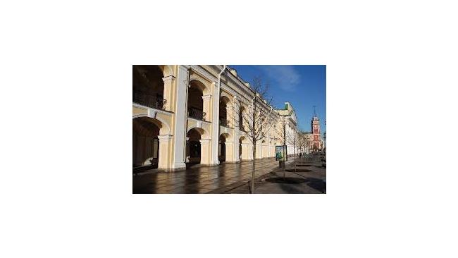 В Гостином дворе в Петербурге откроют академию музыки и храм