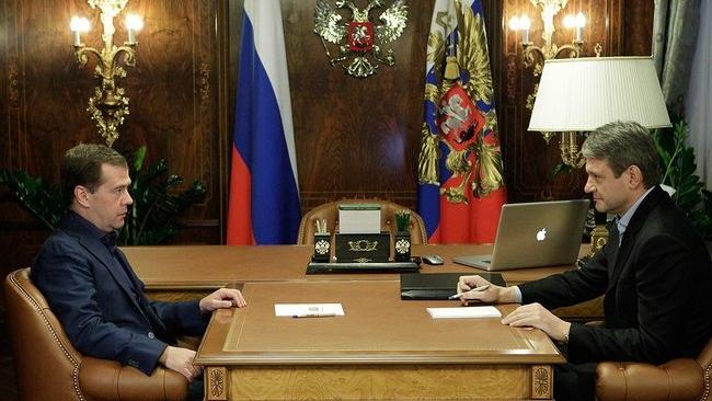 Дмитрий Медведев продлил полномочия губернатора Краснодарского края Александра Ткачева