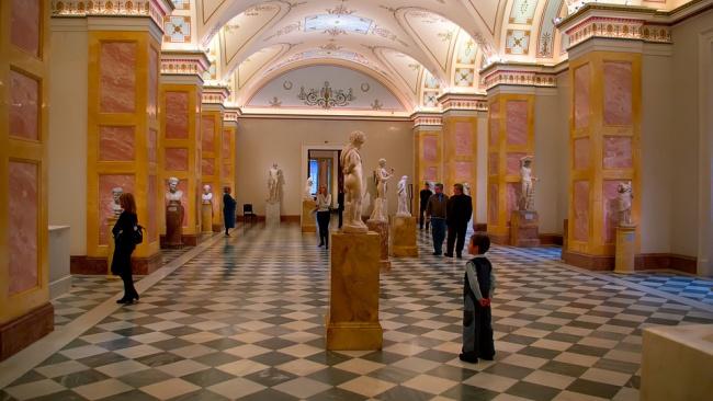 Минкульт РФ отверг притязания поляков на предметы искусства из музеев России