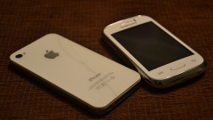 Apple и Samsung оштрафовали на 10 и 5 млн евро соответственно