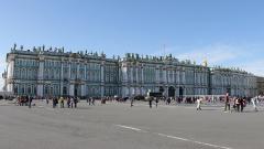 """Петербургские туристы смогут купить карту """"Visit SPb"""" в августе"""