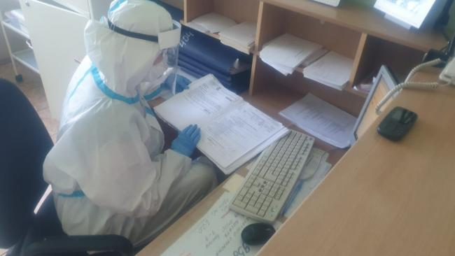 В Петербурге за сутки коронавирусом заболело 697 человек