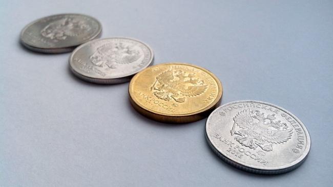 Минфин: ЦБ продолжит закупать валюту в зависимости от ситуации