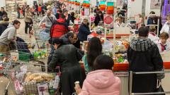 За год средний чек российского покупателя упал до минимума