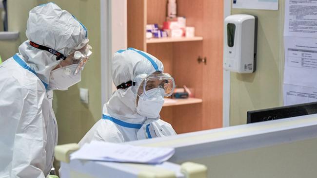 В России за сутки коронавирусом заболело 27 тысяч 543 человека