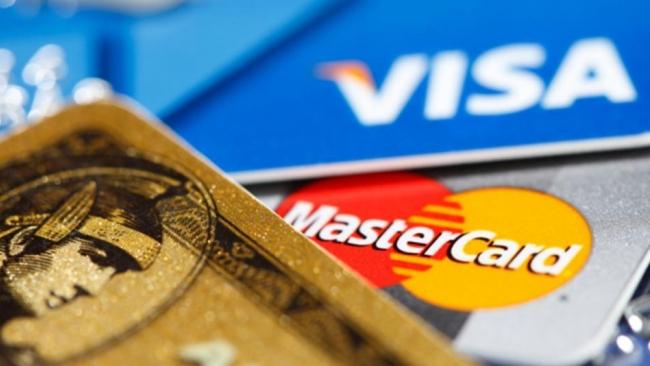 С 1 июля Visa и MasterCard не смогут отказать россиянам в обслуживании