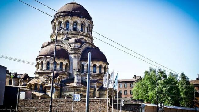 Церковь Божией Матери Милующей на Васильевском ждет масштабная реставрация живописи