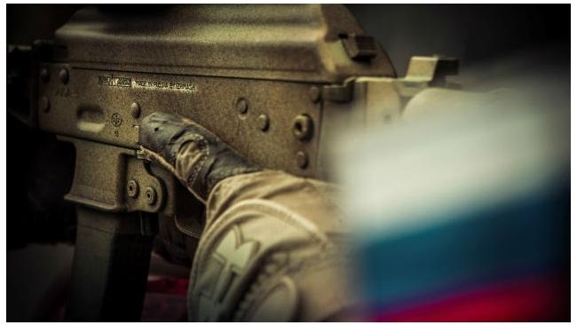 """""""Роснефть"""", """"Газпромнефть"""", """"Оборонпром"""" и """"Калашников"""" попали под санкции ЕС"""