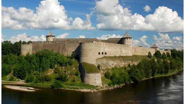 Археологические раскопки пройдут в древней крепости Ивангорода