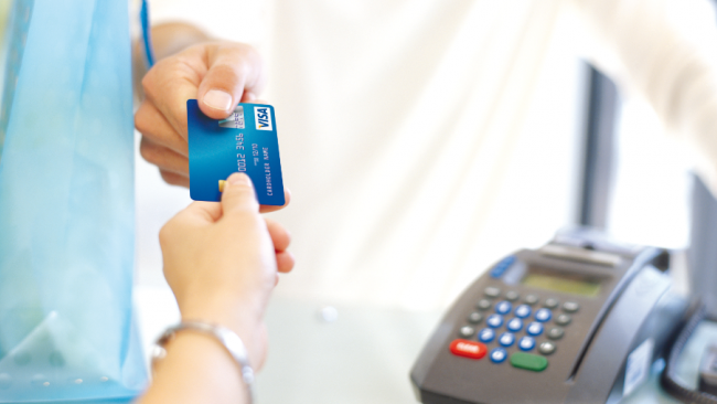 Мошенники в Петербурге за год украли с банковских карт 7 млн рублей