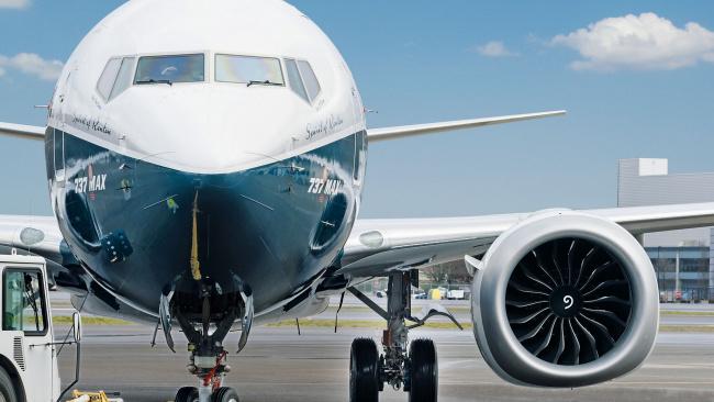 Поставки Boeing 737 упали после запрета на полеты модели MAX