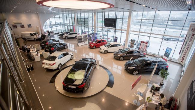 В России вдвое снизили пошлины на легковые автомобили