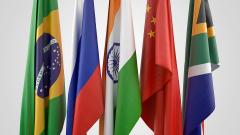 Аналитики правительства РФ:  из-за пандемии совокупный ВВП стран БРИКС сократится более чем на 5%