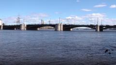 В следующем году начнется капремонт Биржевого моста