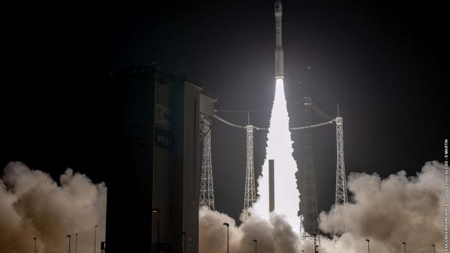 Во Французской Гвиане состоялся неудачный запуск ракеты-носителя Vega