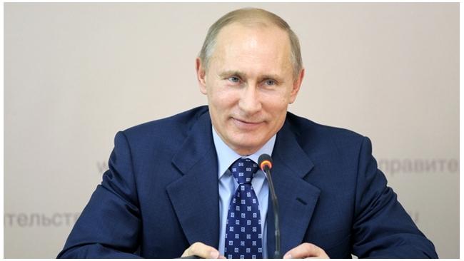 Путин поздравил россиян, признав тревожную ситуацию вокруг