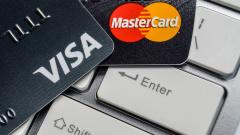 Госдума предложила запретить Visa и Mastercard для льготного проезда