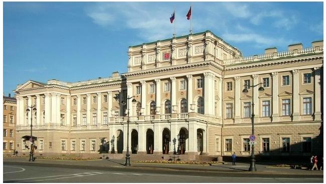 ЗакС Петербурга просит увеличить штрафы за снос исторических зданий