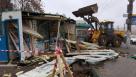 На Обводном канале сотрудники ККИ снесли незаконные торговые павильоны