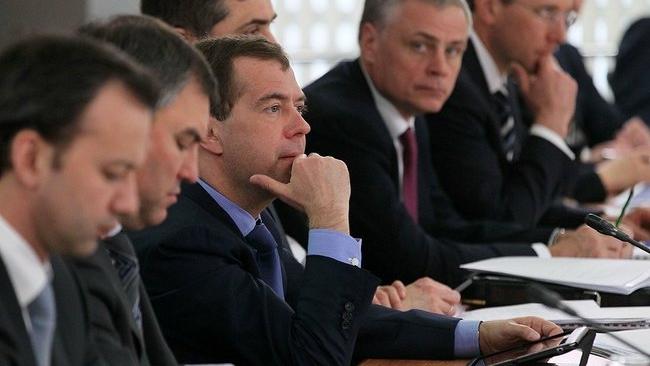 Дмитрий Медведев признал нулевой эффект кампании по публикации доходов чиновников