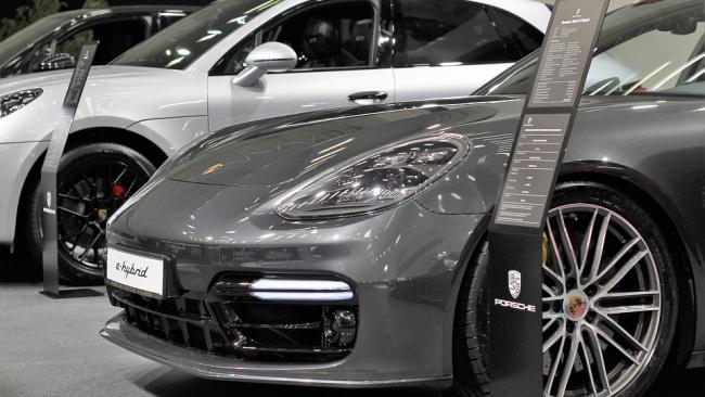 Продажи автомобилей в Евросоюзе в апреле рухнули в 4,2 раза
